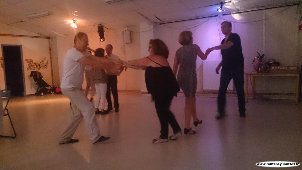 Fontenay danses rock west coast danses de salon for Danse de salon nord